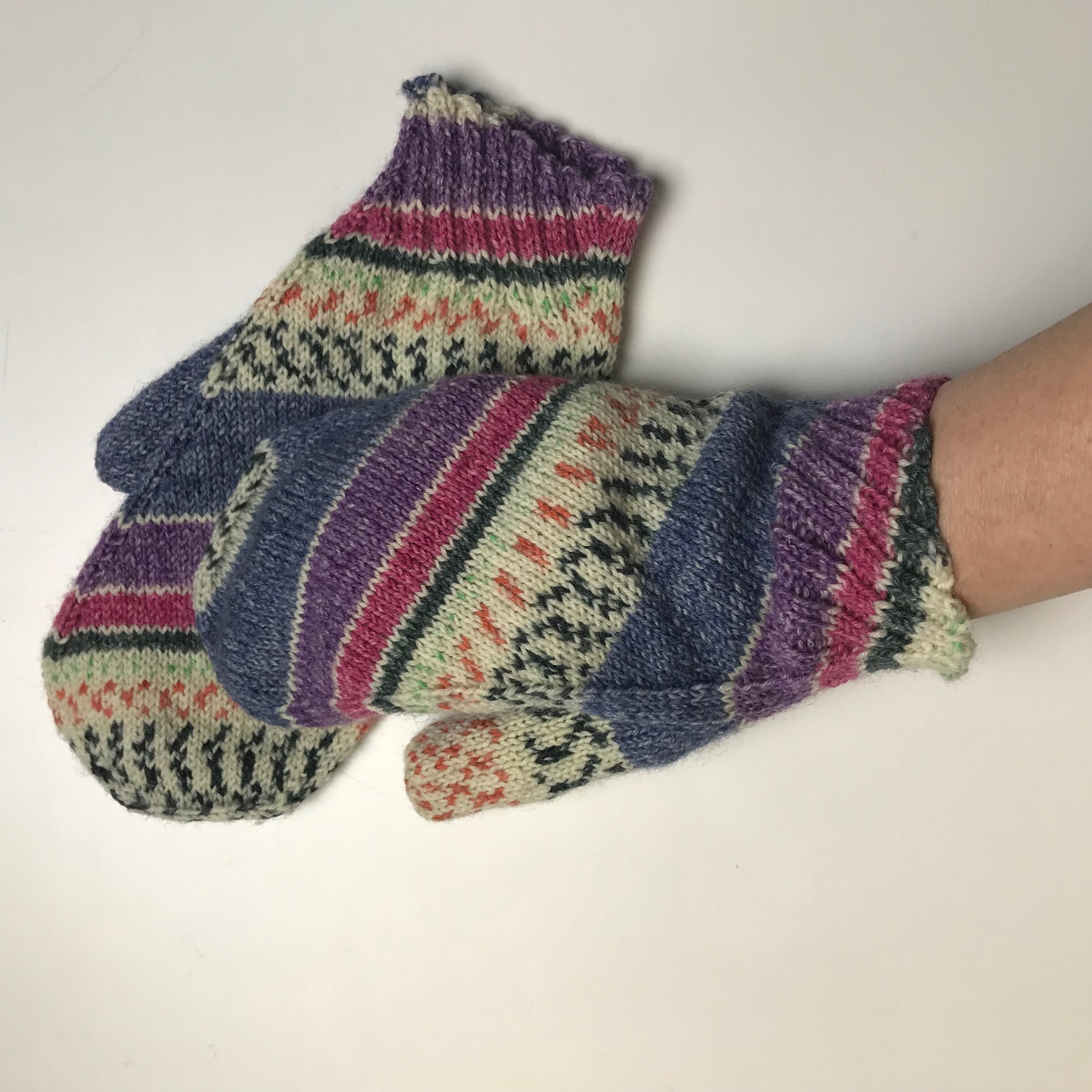 Zephyr Mittens - SOLD OUT